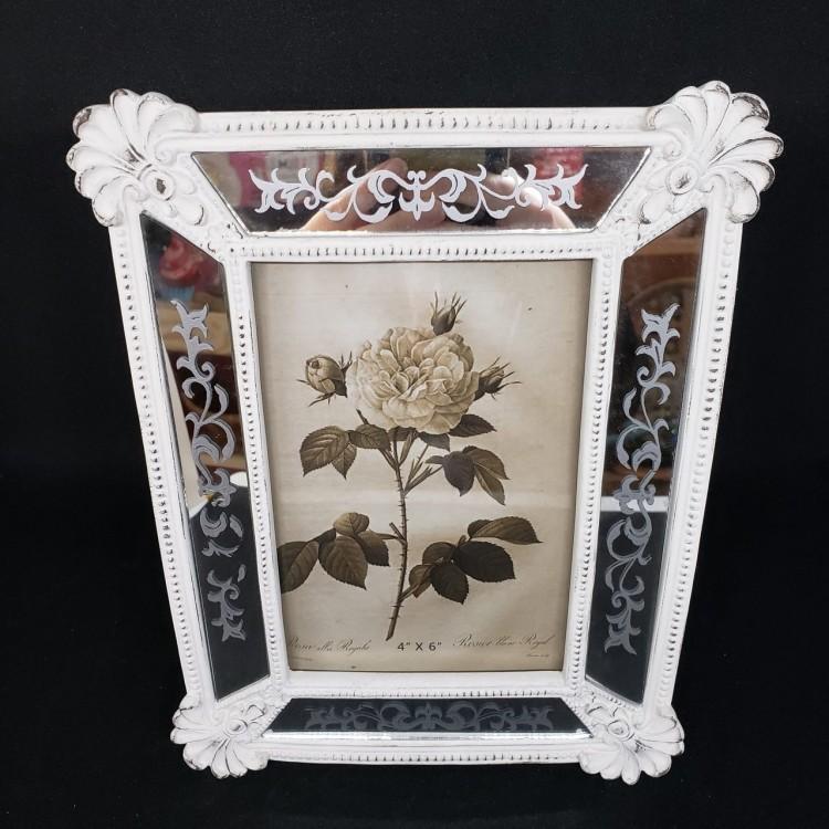 Porta-retrato antigo branco - Imagem: 2