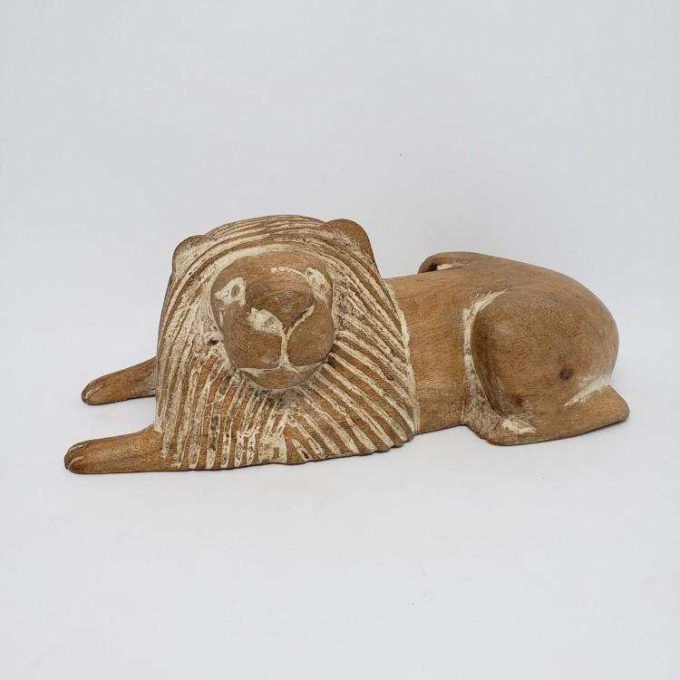 Leão em madeira - Imagem: 1